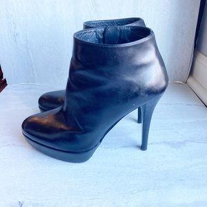 Stuart weitzman leather platform heel booties 5.5